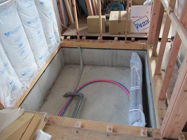 ユニットバス床下配管