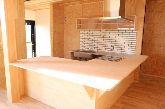 造り付けのキッチン