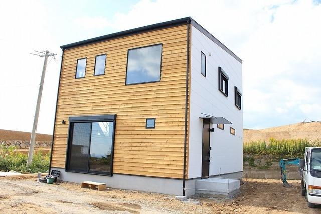 シンプルモダンスタイル住宅