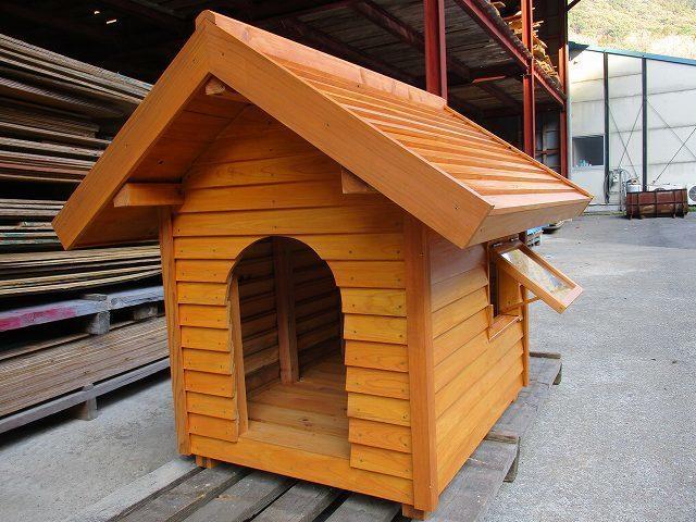 窓付き犬小屋完成