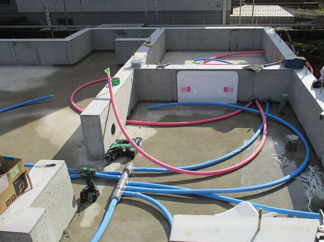床下給排水配管