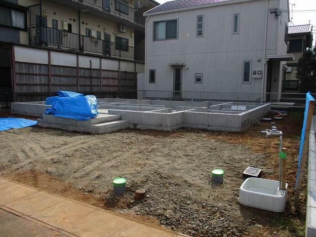 外部給排水埋設配管完了